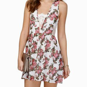 TOBI Meet Again Floral Skater Dress Size Medium